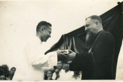 1952 - Bro Justinian with the then Archbishop of Singapore033