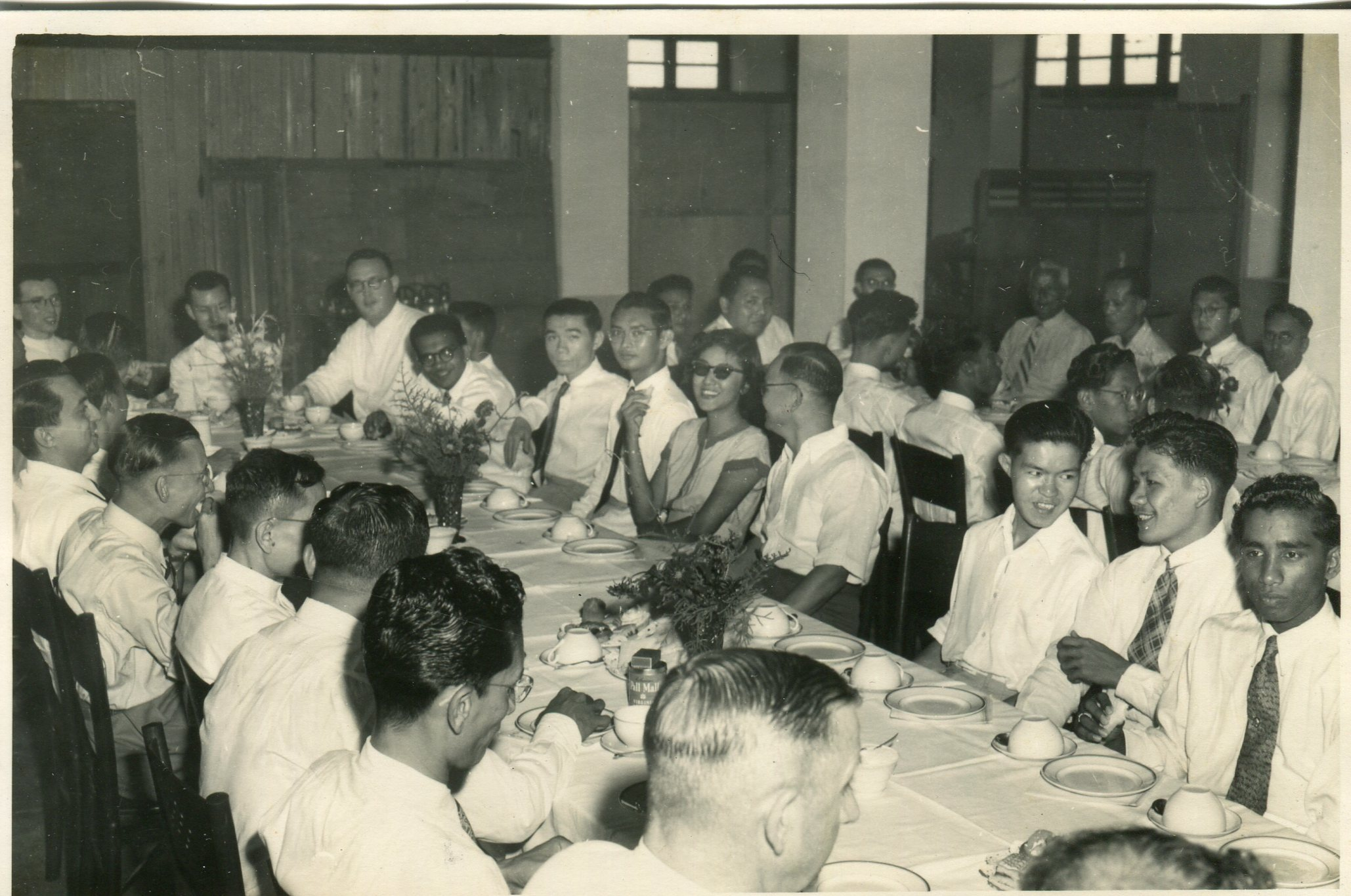 1952-Teachers-Dining