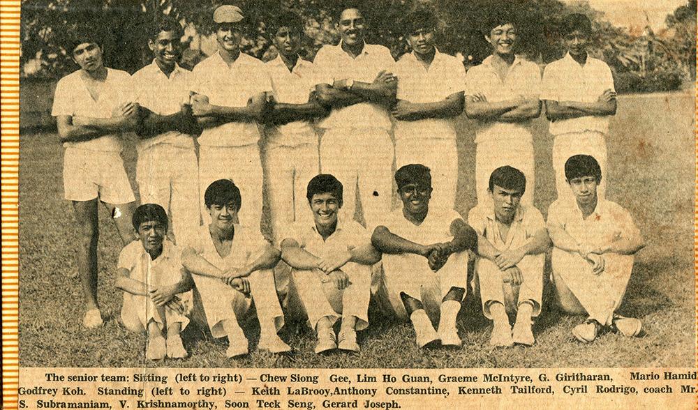 1971-Cricket-Team-with-Mr-S-Subramanium085